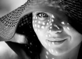 تسلط بر نور